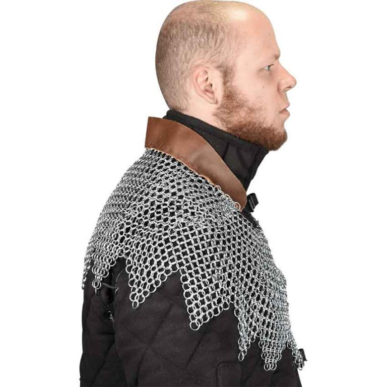 Butted Chainmail Mantle with Dagged Edges