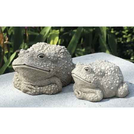 Todds Mom Toad Statue