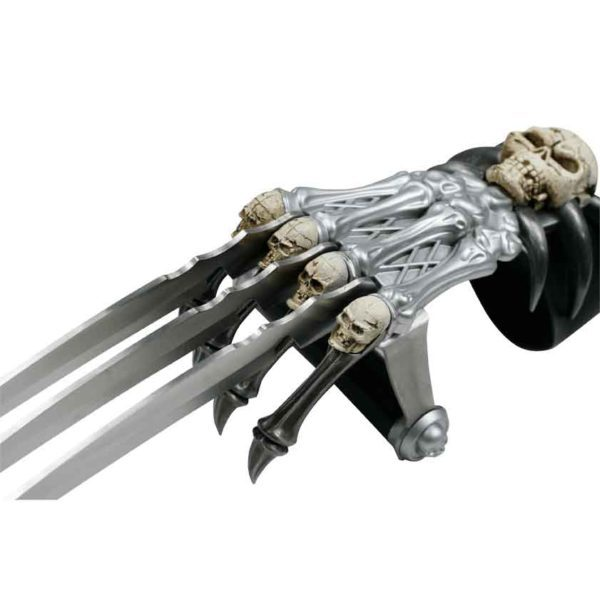Skeleton Hand Claw