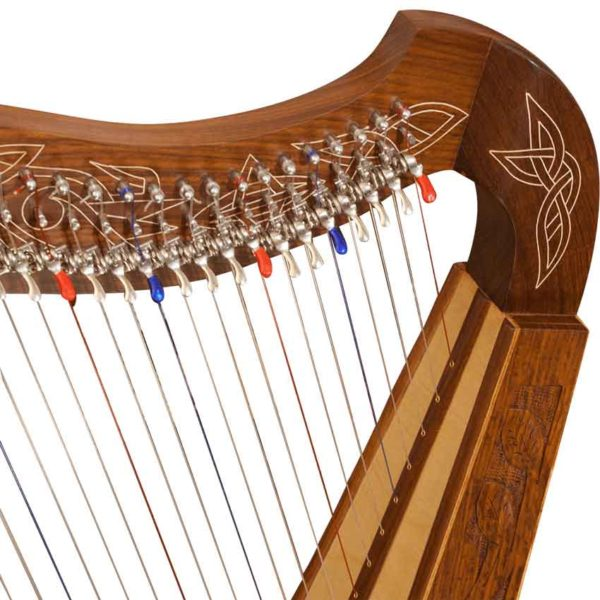 22 String Heather Harp with Thistle Detailing